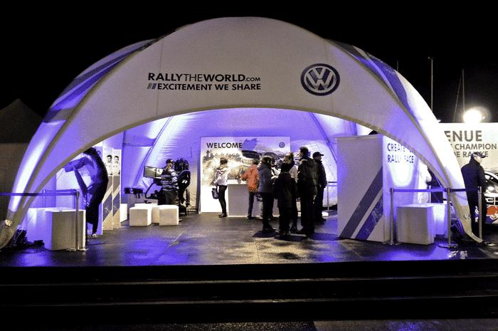 Messe-Ausstattung im Pavillon