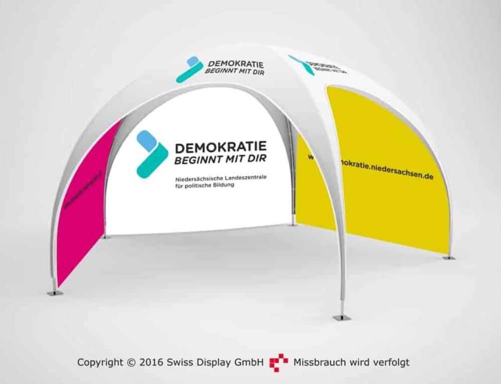 Penta Dome-Pavillon 4×4 für politische Bildung